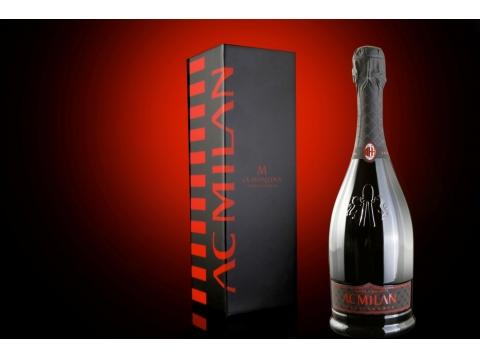 La Montina Franciacorta AC MILAN Extra Brut Gift Box 0.75L